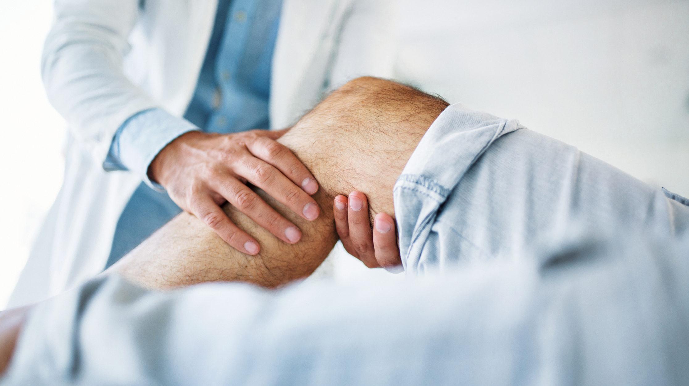áttörés a pikkelysömör kezelésében 2020 a testen a vörös foltok viszketnek és fájnak