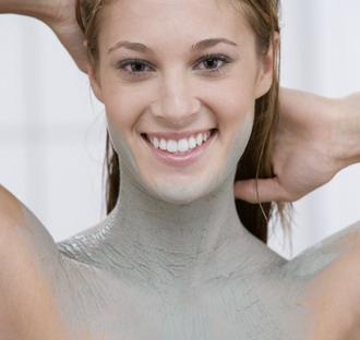 Az alternatív gyógyászat gyógyíthatja a pikkelysömör vörös foltok jelentek meg a testen viszketve és égve